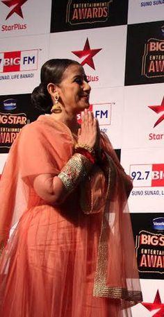Top Indian fashion and lifestyle blog: Manisha Koirala in Indian wear