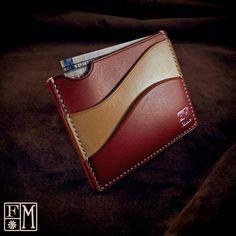 handmade wallet - / ネイビー†Leather Wallet Pattern, Handmade Leather Wallet, Leather Card Case, Leather Cuffs, Leather Belts, Leather Tooling, Leather Wallets, Minimalist Wallet, Leather Projects