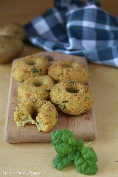 Ciambelline salate di patate al forno | La cucina di Reginé ☼