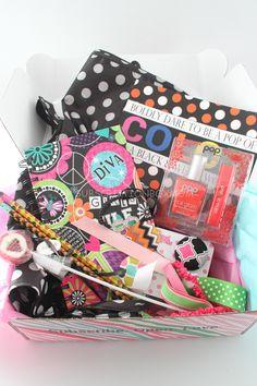 posh pak box | October 2014 Posh Pak Subscription Box Review – Girls of All Ages
