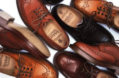 a flood of brogues. love this style on men Sock Shoes, Men's Shoes, Shoe Boots, Dress Shoes, Leather Men, Leather Shoes, Trickers Shoes, Mens Trends, Best Mens Fashion