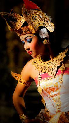 FLegong dance, Balinese dance | Ubud, Bali, Indonesia