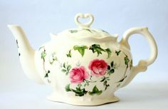 Vintage Crowne Oakes Designs Rose Pattern Teapot Made In England on Wanelo