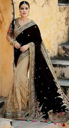 Indian Pakistani Bollywood Designer Saree Brasso Printed Chiffon Saree Green Color Saree Sari with Blouse. This Product is made by well known skilled Textile Designer\ Fashion Designer from India. Lehenga Choli, Net Saree, Indian Designer Sarees, Latest Designer Sarees, Designer Anarkali, Latest Indian Saree, Indian Sarees, Indian Dresses, Indian Outfits