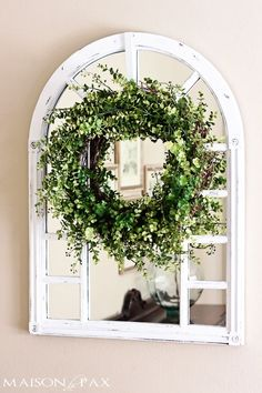 DIY Flower Projects – There is nothing quite like fresh flower arrangements for the house decoration. It does not only improve the house by its aesthetical aspect. Read MoreBest DIY Flower Projects with Simple Tools and Materials Coastal Cottage, Coastal Decor, Coastal Curtains, Coastal Entryway, Coastal Lighting, Entryway Ideas, Coastal Furniture, Modern Coastal, Coastal Style