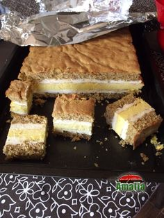 Food Cakes, Cake Recipes, Cheesecake, Food And Drink, Ice Cream, Yummy Food, Desserts, Pies, Pastries