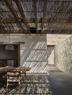 Villa Mandra by K-Studio — MODEDAMOUR Greece Architecture, Architecture Design, Outdoor Spaces, Outdoor Living, Patio Grande, Studio Build, Luxury Accommodation, Tulum, Decks