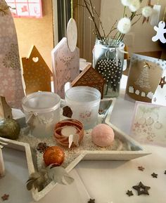 Table Decorations, Furniture, Home Decor, Wood Furniture, Arredamento, Chair, Home, Homemade Home Decor, Home Furnishings