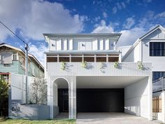 In overcoming restrictive design parameters, Auchenflower House by DAHA is a practical family home with boundless fun factor. Windsor, Roof Beam, New Builds, Ground Floor, Interior Architecture, Residential Architecture, Interior Design, Living Spaces, Home And Family