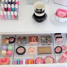 Keep your makeup organized with clear tray spacers!