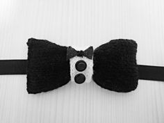 Papillon unisex black and white tuxedo style. All-wool by Theart2