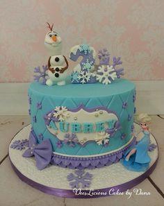 Frozen, Elsa and Olaf – Dees'Licious Cakes by Dana – birthdaycakeideas Frozen Themed Birthday Cake, Frozen Theme Cake, Frozen Themed Birthday Party, 4th Birthday Cakes, Themed Cakes, Disney Frozen Cake, Frozen Fondant Cake, 2nd Birthday, Torte Frozen