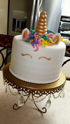 Unicorn cake gold rainbow party pool