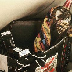 Fiesta en una caja de Sanz entre licores Nordpol y tequila Chile Caliente! Él tequila se ha desabrochado la pajarita! by davidkandinsky