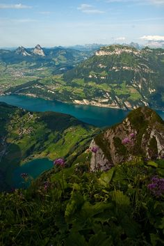 Lake Lucern seen from Niderbauenstock. Photo: Hermann Ostermayer
