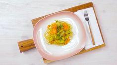Cestoviny nikdy neomrzia: Špagety s cuketou, mrkvou a parmezánom sú skvelý tip na rýchlu večeru | Casprezeny.sk
