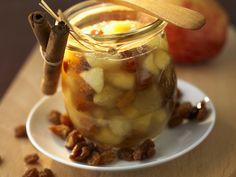 Apfel-Rosinen-Marmelade - smarter - Zeit: 15 Min. | eatsmarter.de Sieht köstlich aus, oder?