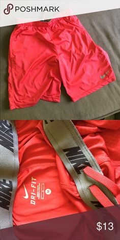 Nike Dri Fit athletic training shorts Nike shorts. Red. Size M Nike Shorts Athletic