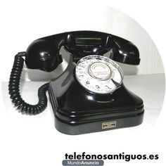 Teléfono español antiguo