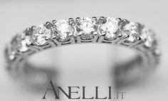 Fedina-Veretta di Diamanti 2 Carati (F-VVS1) http://www.anelli.it/it/anelli-verette-o-fedine/fedina-veretta-di-diamanti-2-carati-f-vvs1.html