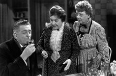 Arsenic And Old Lace, Edward Everett Horton, Josephine Hull, Jean Adair, 1944 Movies Photo - 61 x 46 cm Lucky Luke, Old Movies, Great Movies, Movie Photo, I Movie, Movie Theater, Movie Stars, Theatre, Peter Lorre