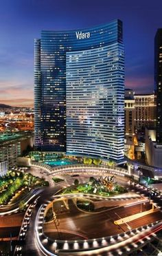 ❥ Access to the @Vegas Strip when you want it. Escape to the relaxation of Vdara when you need it.