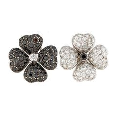 Pre-Owned Black and White Diamond Flower Earrings ($3,000) ❤ liked on Polyvore featuring jewelry, earrings, brincos, accessories, diamond jewelry, white and black diamond earrings, 18k diamond earrings, 18k earrings and 18 karat gold jewelry