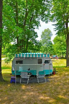 Vintage Serro Scotty Camper Rally - 1967 15' HiLander by Mod Betty / RetroRoadmap.com, via Flickr