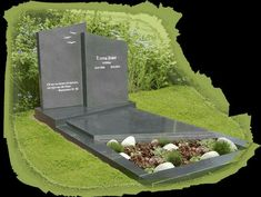 Cemetery Monuments, Cemetery Headstones, Cemetery Art, Tombstone Designs, Gardens Of Stone, Cemetery Decorations, Famous Graves, Stone Statues, Stone Carving