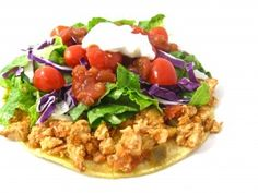 Skinny Chicken Tostadas in 20 Minutes! This new dinner recipe is ridiculously easy to make and absolutely delicious! It's packed with 7 grams of fiber per serving and very low in calories! The skinny for each tostada, 255 calories, 4 grams of fat and 6 Weight Watchers POINTS PLUS. http://www.skinnykitchen.com/recipes/skinny-chicken-tostadas-in-20-minutes/