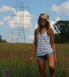 summer cute....<3 me some cut off shorts =)