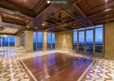 Penthouse opulence in Las Vegas - amazing ceiling...
