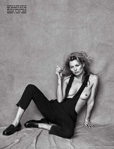 Kate Moss by Peter Lindbergh for Vogue Italia | Nìxí Magazine