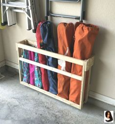 50 Brilliant Garage Storage Organization Ideas – BrowsyouRoom toolstorage Every…. 50 Brilliant Garage Storage Organization Ideas – BrowsyouRoom toolstorage Every… Garage Shed, Garage House, Diy Garage Work Bench, Mud Room Garage, Clean Garage, Garage Entry, Garage Workbench, Garage Doors, Shed Storage