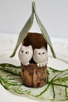 Owl Wedding cake topper from Lee Wolfe Pottery