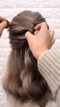 Easy Hairstyles For Medium Hair, Easy Hairstyles For Long Hair, Medium Hair Styles, Short Hair Styles, Short Hairstyles For Wedding Bridesmaid, Teen Hairstyles, Hair Medium, Celebrity Hairstyles, Wavy Hairstyles Tutorial
