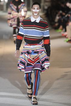 See all the Givenchy Spring/Summer 2014 photos on Vogue. Mens Fashion Week, Latest Mens Fashion, Summer Fashion Outfits, Summer Outfits Women, Men's Fashion, Classy Fashion, Africa Fashion, Trendy Outfits, Fashion Ideas
