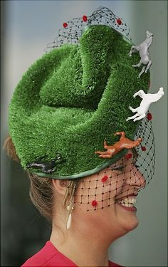 2012: Craziest racing hats ever - NY Daily News