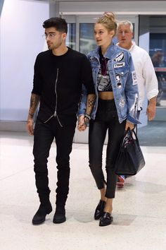 #GigiHadid and #Zayn Malik at JFK heading to London (2016.09.15)