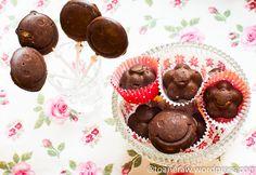 raw chocolate Raw Chocolate, Raw Vegan, Mai, Raw Food Recipes, Muffin, Goodies, Breakfast, Desserts, Sweet Like Candy