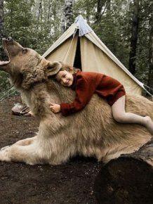 Pet Bear Stars In Family Photo Shoot