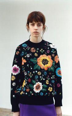 Victoria. Victoria Beckham AW16 collection