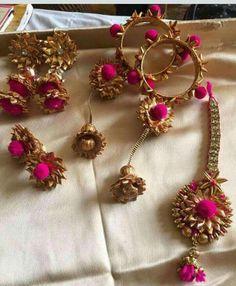 Jewelry Trends Handmade and Minimalist Jewelry Wood. Dainty Jewelry, Cute Jewelry, Wedding Jewelry, Handmade Jewelry, Modern Jewelry, Pearl Jewelry, Wedding Hair, Gemstone Jewelry, Gota Patti Jewellery