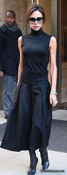 Accounts submitted to Companies House show that Victoria Beckham Ltd increased i. - Accounts submitted to Companies House show that Victoria Beckham Ltd increased its turnover by - Fashion Moda, Love Fashion, Fashion Looks, Fashion Outfits, Womens Fashion, Fashion Design, Tokyo Fashion, Tennis Fashion, Pink Outfits