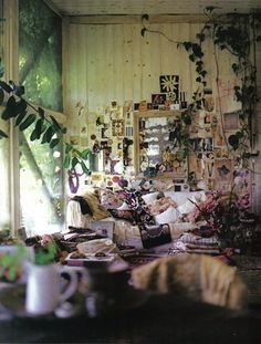 oh my god i LOVE this room!