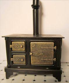 Dollhouse Furniture Miniature Large Old Fashion Wood Stove