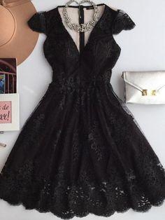 http://www.estacaodamodastore.com.br/categoria/vestido/?sort=featured&page=13