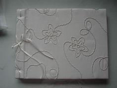 Livro de Mensagens Casamento by Camila Volkweiss, via Flickr
