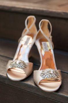 Metallic shoes: http://www.stylemepretty.com/california-weddings/calistoga/2015/05/13/elegant-outdoor-calistoga-ranch-wedding/ | Photography: Jenna Marie - http://jennamariephoto.com/