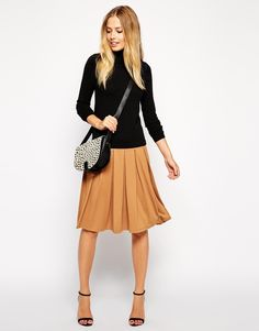 ASOS work outfit a-line nude skirt black top sweater fall transition texas winter wear office attire business professional easy work outfit black sweater brown pleated skirt black scrappy heels leopard animal print bag ootd